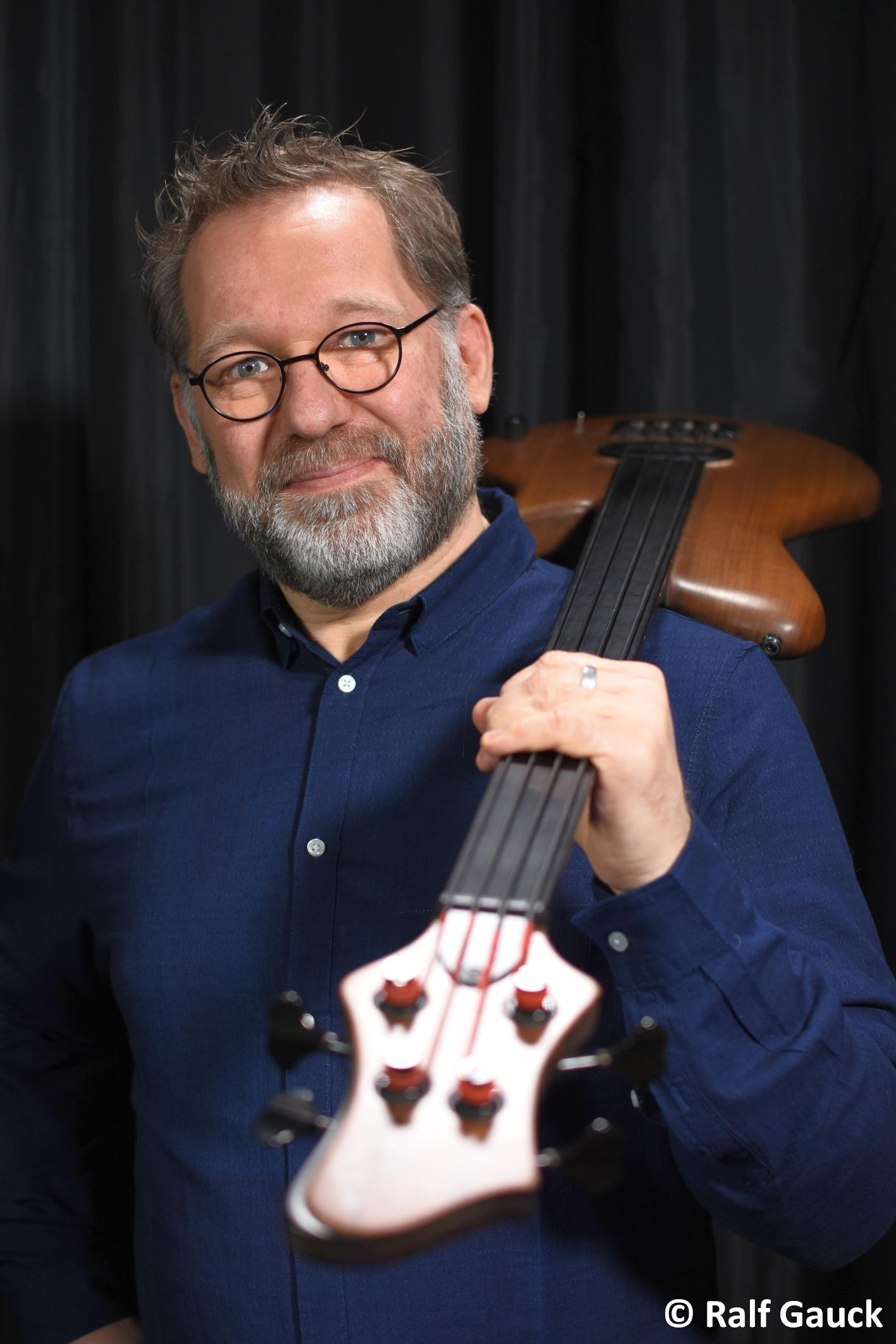 9. Live Stream Konzert mit Ralf Gauck- Bass vom Feinsten